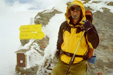 Mein Vater an der Alpeiner Scharte (2959m)