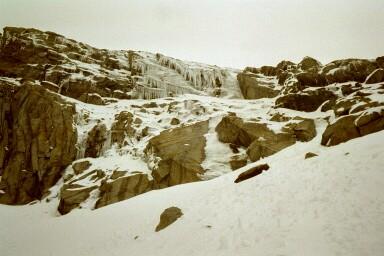 Eisformationen unterhalb der Alpeiner Scharte (2959m)