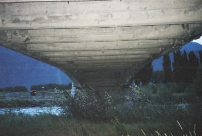 Mein Schlafplatz unter der Rhônebrücke (461m)