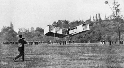Erster Flug Santos Dumont 14 bis