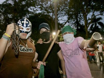 Bolivien: Mitglieder von Rechts-Milizen