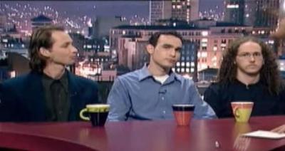 Drei der fünf tanzenden Israelis bei ihrem Fernsehauftritt in Israel
