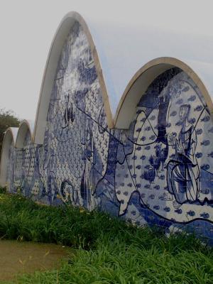 Franziskus-Kirche Oscar Niemeyer-4