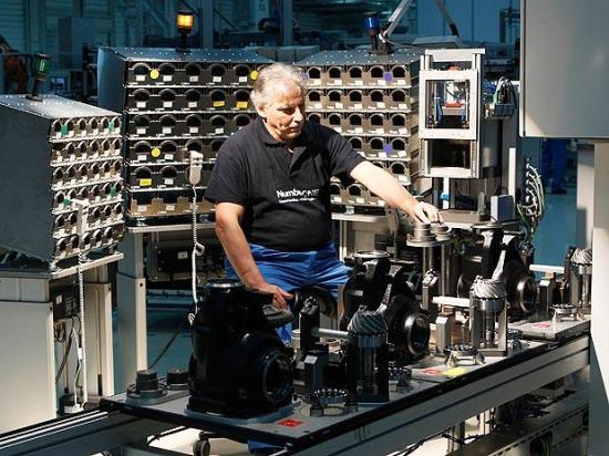 BMW: neue Fabrik in Dingolfing