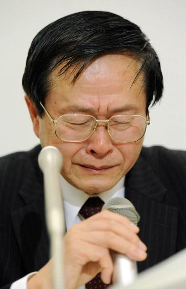 Rücktritt unter Tränen - Koshiko Kosako