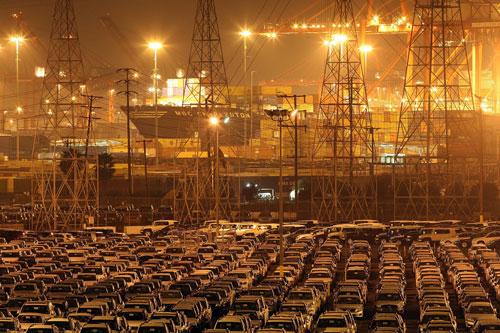 Toyota Autohalde auf dem Kalifornien Terminal