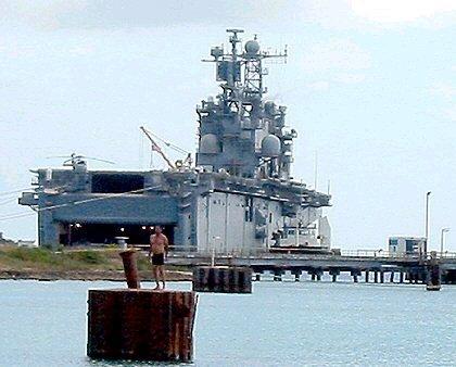 US- Spezialschiff vor Curaçao