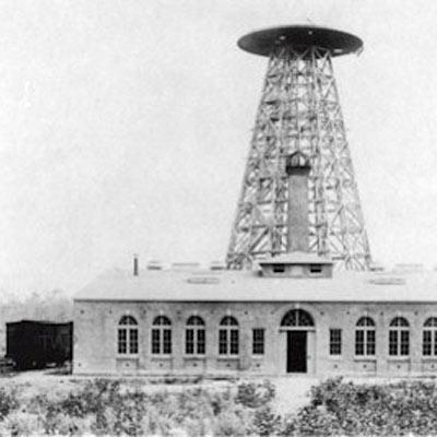 Der Wardenclyffe Tower von Nikola Tesla
