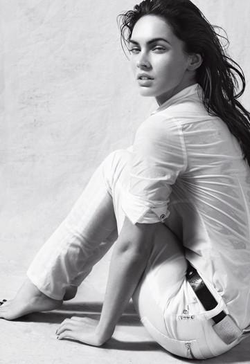 Megan Fox Armani 6