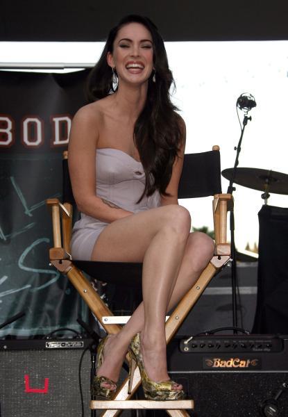 Megan Fox Hot Topic 1