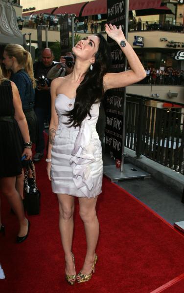 Megan Fox Hot Topic 2