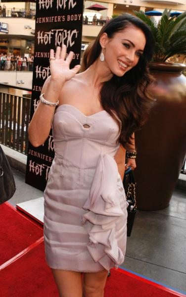 Megan Fox Hot Topic 4