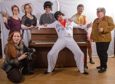 Das Gruppenbild zum Theaterstück und Komödie: Its now or Never
