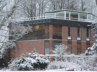 quh die weber villa in allmannshausen. Black Bedroom Furniture Sets. Home Design Ideas