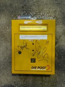 Graffiti-Briefkasten-Domstrasse