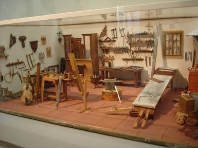 Modell-einer-Orgelbauerwerkstatt-um-1800
