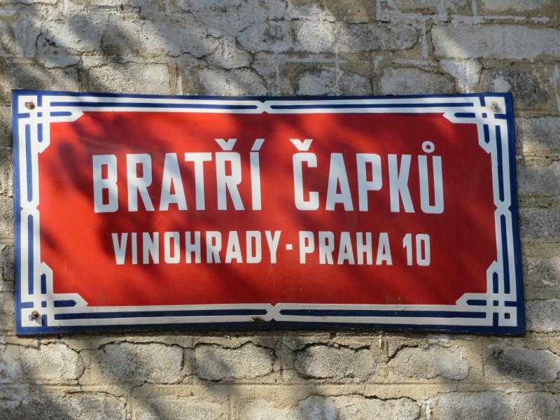 Capek_Prag_BratriCapku28-30_01