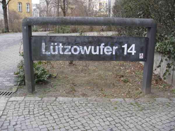 DadamesseKunsthandlungBurchard_Berlin_Luetzowufer13_05