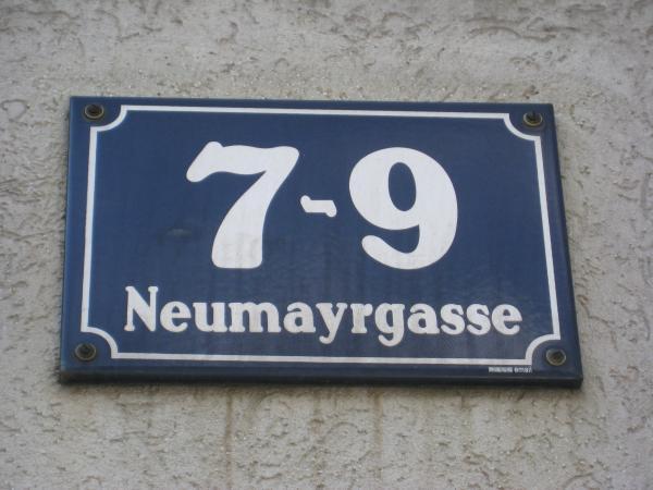 EislerHanns_Wien_Neumayrg7-9