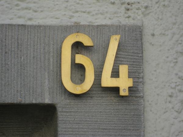 Konstanz_Hushaus_7_HausnummerHussenstr64