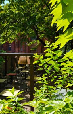 4-house_of_small_wonder_berlin_terrace