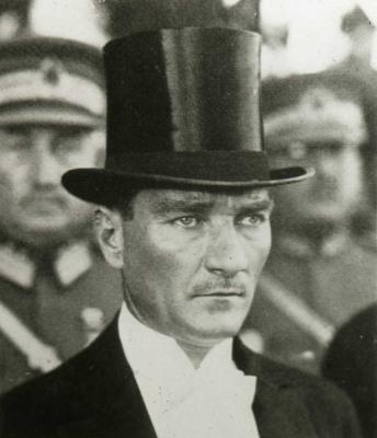 515px-Kemal_Ataturk_hat