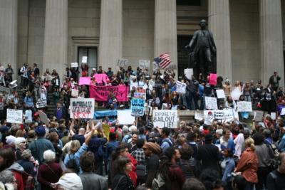 erste proteste an der wall street