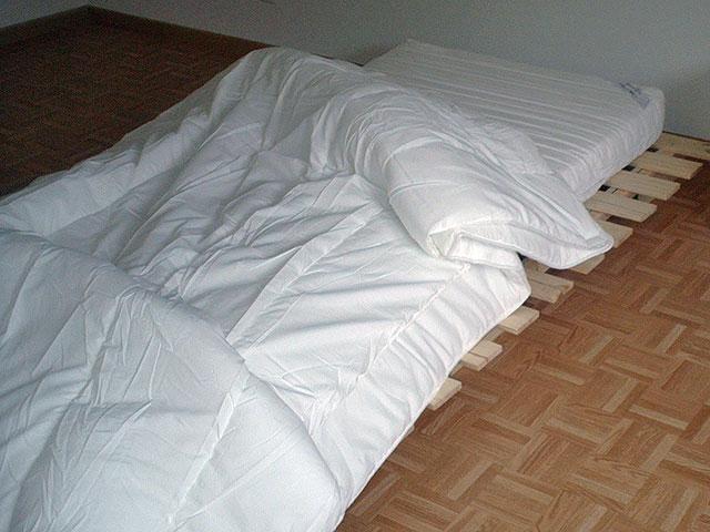 das museum des wirklichen lebens umzug. Black Bedroom Furniture Sets. Home Design Ideas