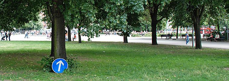 Berlin Pfeil Baum