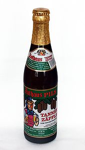 170px-Flasche_Tannenz-C3-A4pfle-_2010
