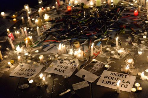 platz-republik-paris-trauer-charlie-hebdo1