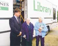 Bibliotheksbenutzer in Milton Keynes