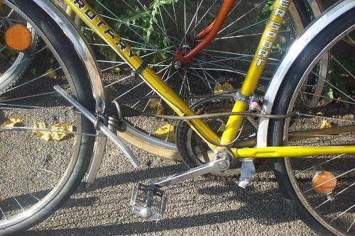 verdrehtes Schloss am Fahrrad