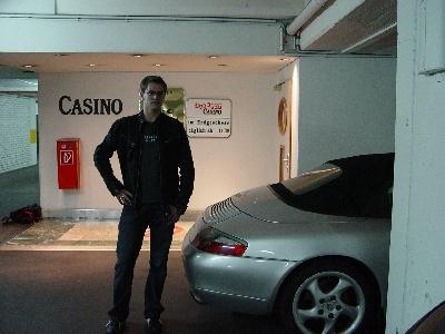 Gebi Mair in der Tiefgarage des Casinos Innsbruck, die von der Stadt Innsbruck mit jährlich 290.000 Euro subventioniert wird.
