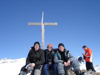 Gebi Mair, Lore Hayek und Johannes Weber in Gudauri, Georgien 2007.