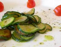 Antipasto di zucchine fertig