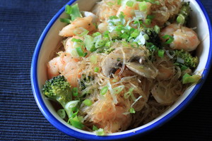 Gebratene-Glasnudeln-mit-Shrimps