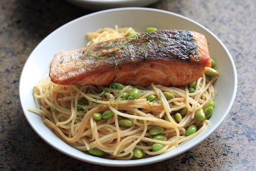Lachs-Spaghetti-Dill