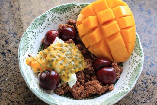 Schokohirsebrei-Kirschen-Mango