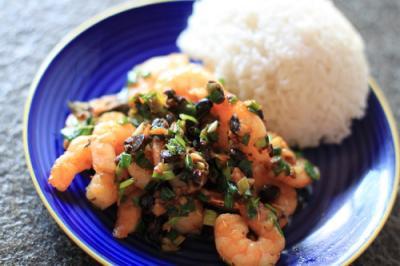 Shrimps-mit-schw-Bohnen