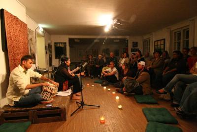 Konzert von Akshay, Anushka und Chitra in der Mohr-Villa