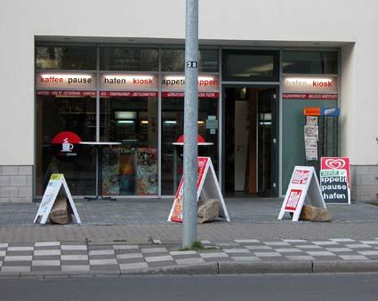 Buedchen-Hafen-kiosk