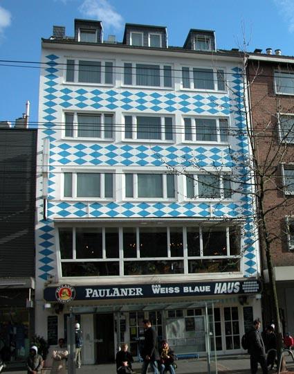 Das-weiss-blaue-Haus