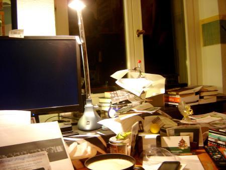 Für manche ist es ein Schreibtisch. Für andere... ähem.