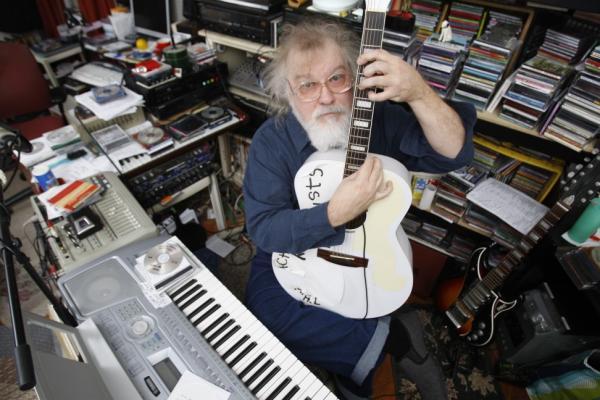 R. Stevie Moore 2009