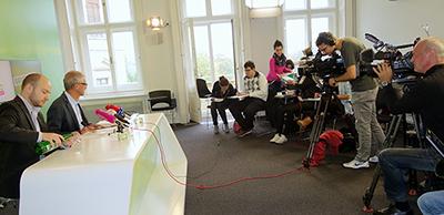 Pressekonferenz1