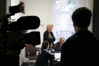 Helena Tölcke bei der letzten Redaktionssitzung