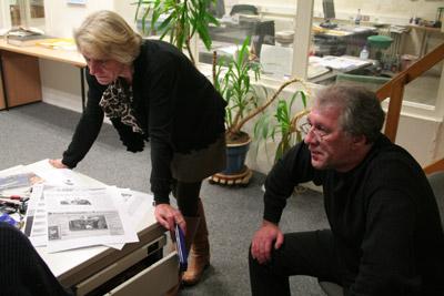 Helena Tölcke und Wolf Kasse am Abend des letzten Redaktionstages.