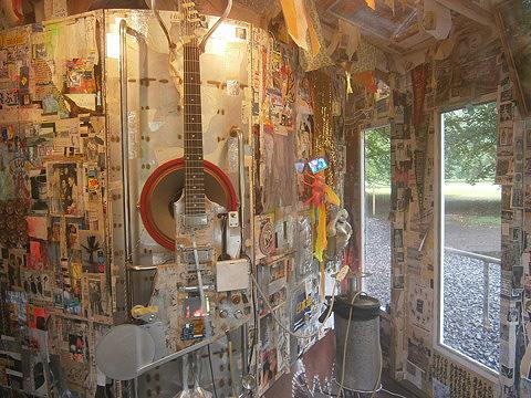 Mon-Cheri-A-self-portrait-as-a-scrapped-shed