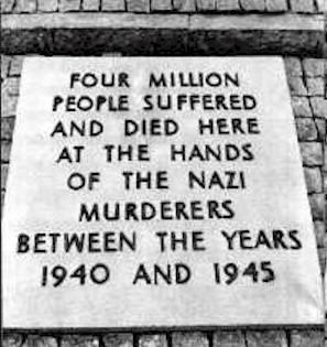 Auschwitz-plaque-4mil